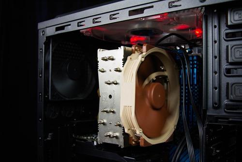 close-up-computer-part-connection-461490