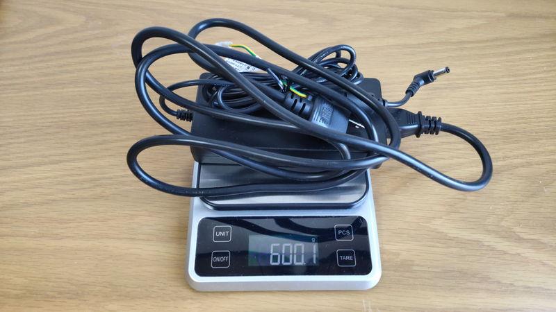 ゲーミングPC_デスクトップ_ノート_どっち ゲーミングPCの充電の重さ