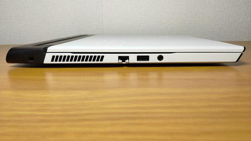 Alienware m15 R3のインターフェースの左側