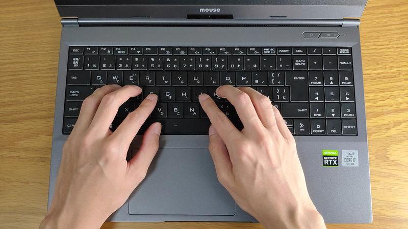 G-Tune E5-144のキーボードのホームポジション