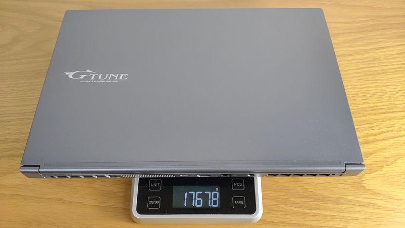 G-Tune E5-144の本体の重量