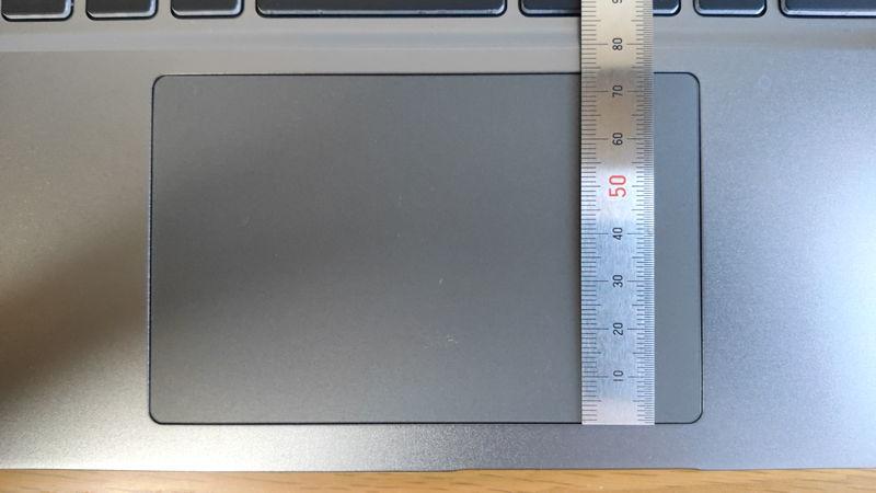 GALLERIA XL7C-R36のタッチパッドの縦の長さ