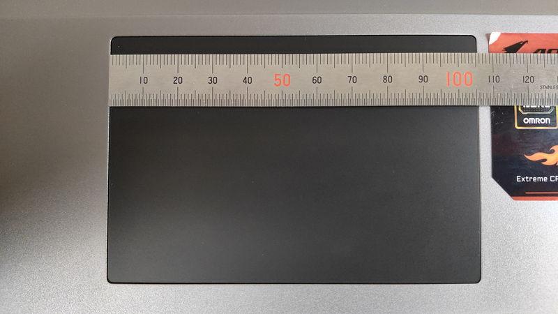 GIGABYTE AORUS 15Gのタッチパッドの横の長さ