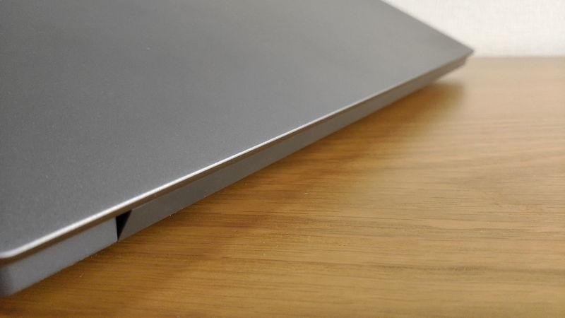レノボ ThinkBook 15のヒンジ1