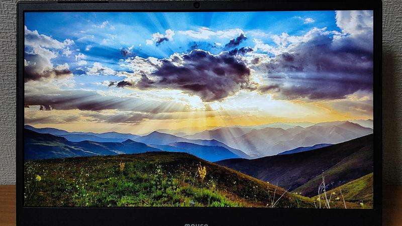 m-Book K700SN-M2SH2の自然画像